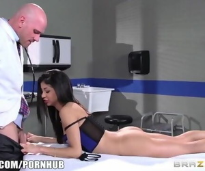 Veronica Rodriguez Nails her..