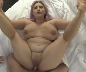 Tricking BBW Thick Hooter 18..